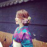 【結婚式、結納に】独身の今着たい!クールで華やかな青系振袖のサムネイル画像