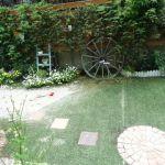 女性一人でも簡単DIY 人工芝を使ってオシャレな空間を作りましょうのサムネイル画像