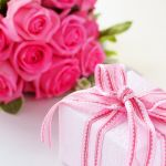 【女性の先輩・上司へ】おすすめのプレゼントをまとめてご紹介!のサムネイル画像
