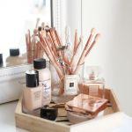 メイクに欠かせない化粧ブラシを清潔に可愛く収納できるケースのサムネイル画像