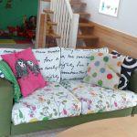 今すぐ真似したくなる!簡単おしゃれな手作りソファーカバー♡のサムネイル画像