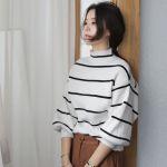 ニット素材でつくる、ゆるふわ女子のセーターコーデを極めよう!のサムネイル画像