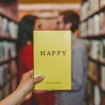 恋愛中の方も、そうでない方にも、ぜひ読んでほしい恋愛小説7選のサムネイル画像