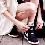 コーディネートを選ばない!大人可愛い黒のレディーススニーカー!のサムネイル画像