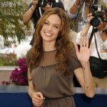 輝く40代女性になるための、お洒落で簡単なヘアアレンジ特集!のサムネイル画像