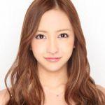 元AKB48板野友美の胸がいきなり大きくなったとネットで話題に!のサムネイル画像
