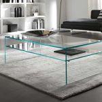 ガラスのセンターテーブルで大人おしゃれなリビングを演出!のサムネイル画像