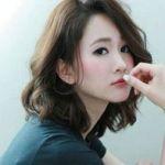 憧れのゆるふわ!ミディアムパーマのおしゃれなヘアカタログのサムネイル画像