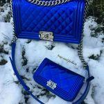 青いカラーの【長財布】は直感で選ぶ?それともブランドで選ぶ?のサムネイル画像