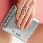 人気の【ミニ財布】が欲しい!プチプラにする?ブランド物にする?のサムネイル画像