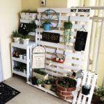 【狭くても諦めない!】DIYでおしゃれなベランダガーデニングのサムネイル画像