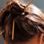 小学生の卒業式。不器用ママでもできるハレの日の髪型アレンジのサムネイル画像