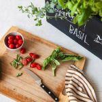 野菜やハーブをお部屋で栽培♡見ても食べても楽しめる《水耕栽培》のススメのサムネイル画像