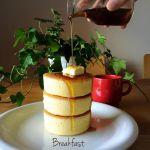 セリアの¥108シリコン型で作る!《ふわっふわ厚焼きホットケーキ》のサムネイル画像