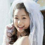 アジアンビューティー!足立梨花の奥二重の目元がかわいい!のサムネイル画像