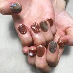 この秋は【コッパーピンク】がキテる♡最先端の甘辛MIXネイル!のサムネイル画像