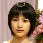 能年玲奈さんのキレイに並んでいる歯を画像とともに検証してみました☆のサムネイル画像