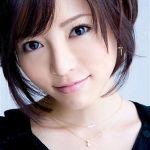 【検証】若々しい釈由美子さんの髪型・メイクからファッションまで!のサムネイル画像