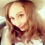 【ダレノガレ明美】新・前髪ありヘアスタイルを公開!「まるで人形」のサムネイル画像