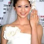 安田美沙子が結婚!?お相手はBUMPのボーカルと友人関係のデザイナーのサムネイル画像