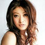 産後なのに驚きのプロポーション!山田優のダイエット法が知りたい!のサムネイル画像