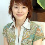 石田ゆり子、婚期を逃した理由の一つと噂される、気になる父親の正体のサムネイル画像