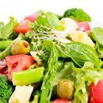 サラダを食べればいいってもんじゃない?ダイエット中の食べ方のサムネイル画像