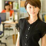 働く女性の定番になりつつあるオフィスカジュアルとはどんな格好?のサムネイル画像