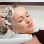 周りには秘密!白髪は白髪染めシャンプーでじわじわと染める!のサムネイル画像