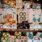 土産はこれ!沖縄旅行に行ったらお土産で絶対買いたいTシャツまとめのサムネイル画像