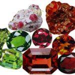 一月の誕生石「ガーネット」のマメ知識!石の色は赤だけじゃない?!のサムネイル画像