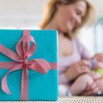 【最新版】もらって嬉しい!確実に喜ばれる人気の出産祝いをcheck!のサムネイル画像