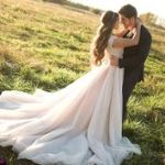 結婚式の衣装は何にする?結婚式で一番可愛い衣装を教えます!のサムネイル画像