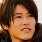 プレー中も魅力的!内田篤人選手の髪型に注目が集まっています!のサムネイル画像