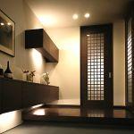 【アイデア】玄関収納の小さなスペースでもたくさんの靴を収納!のサムネイル画像