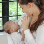 ママの大切な赤ちゃんのために!新生児への正しい授乳方法は?のサムネイル画像