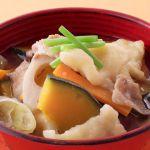 寒い冬は、暖かいすいとんはいかが。野菜たっぷりすいとんのレシピのサムネイル画像