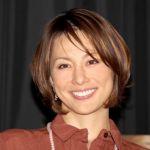 【スタイル抜群】に魅せる、女優米倉涼子の私服やファッションの特徴のサムネイル画像