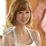 こりん星のお姫様だったゆうこりんが、今では料理上手のママに♡のサムネイル画像