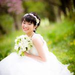 ショートヘアでもばっちり決まる!華やかな花嫁のヘアスタイルのサムネイル画像