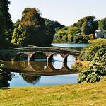 あこがれのイギリス風の庭 イングリッシュガーデンの画像集のサムネイル画像
