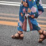 夏らしい和装の浴衣に似合う靴やサンダルの合わせ方をご紹介しますのサムネイル画像