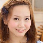 デートにぴったり☆前髪のみつあみでこんなにも可愛い髪型に♪のサムネイル画像
