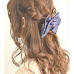 どんなシーンにも使える髪型!ハーフアップでもっと可愛く!!のサムネイル画像