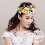 お手本は海外のオシャレウェディング、素敵な花冠で愛され花嫁にのサムネイル画像