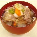 寒い冬に食べたくなる!あったか野菜をたっぷり使った豚汁レシピのサムネイル画像