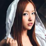 あの板野智美も!?女性アイドル達のダサい私服を大公開!のサムネイル画像