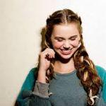 三つ編みを使って可愛く、綺麗な編み込みヘアスタイルで注目の的に!のサムネイル画像