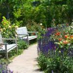 英国風の庭を自宅に作ってみませんか☆素敵なイングリッシュガーデンのサムネイル画像