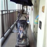 ママ必見!雨の日のベビーカーのお出かけに便利な傘スタンドと傘!のサムネイル画像